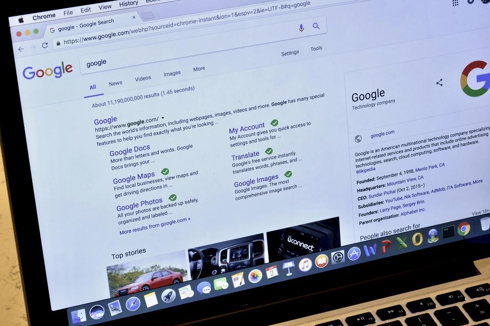 Builderall website bovenaan in Google?